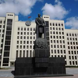 Once in Belarus 🇧🇾 #minsk #belarus #lenin #day #phonephotography #summer #neman