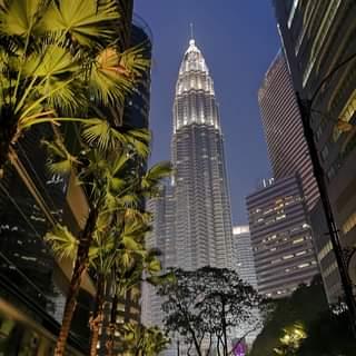 The way to Petronas Towers 😎😍🇲🇾 .